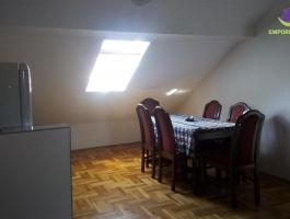 Namješten dvoiposoban stan na II spratu!