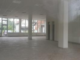 Polovni prostor površine 170 m2 !