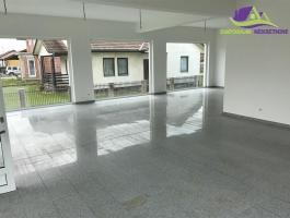 Poslovni prostor površine 120 m2 u prizemlju!