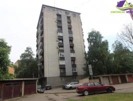 Trosoban namješten stan u centru-Šalapić