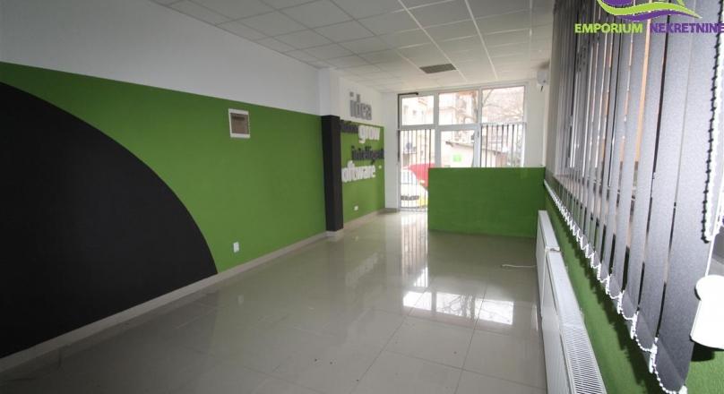Šalapić-Poslovni prostor površine 43m2! ID:104/ENL