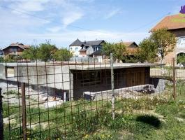 Građevinsko zemljište sa započetim objektom