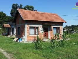 ~Kuća u predgrađu~ ID:255/IM