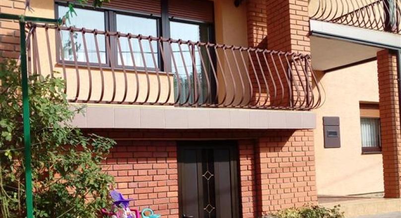 Kuća modernog dizajna površine 141m2!