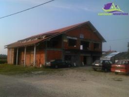 Kuća Pod+Pr+1s površine 444 m2 u osnovi