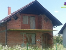 *Nezavršena kuća* ID:220/IM